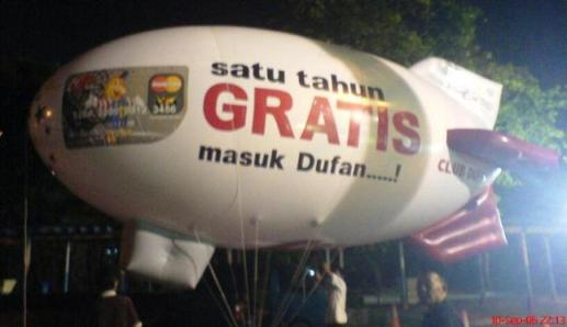 balon zeppelin jakarta