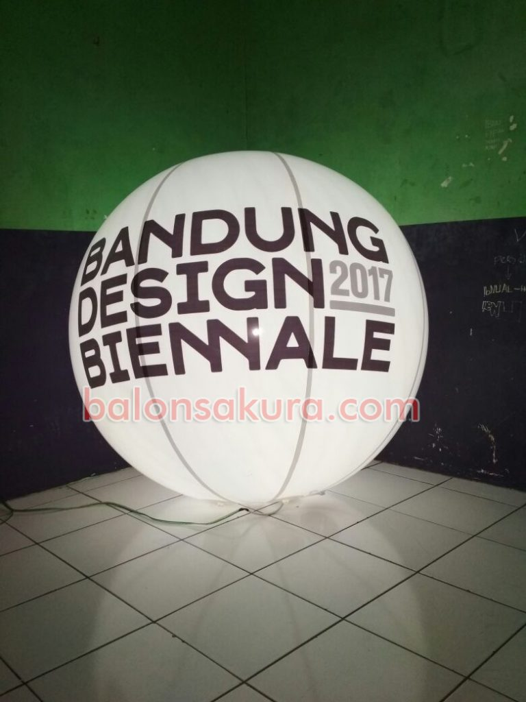 balon light bandung