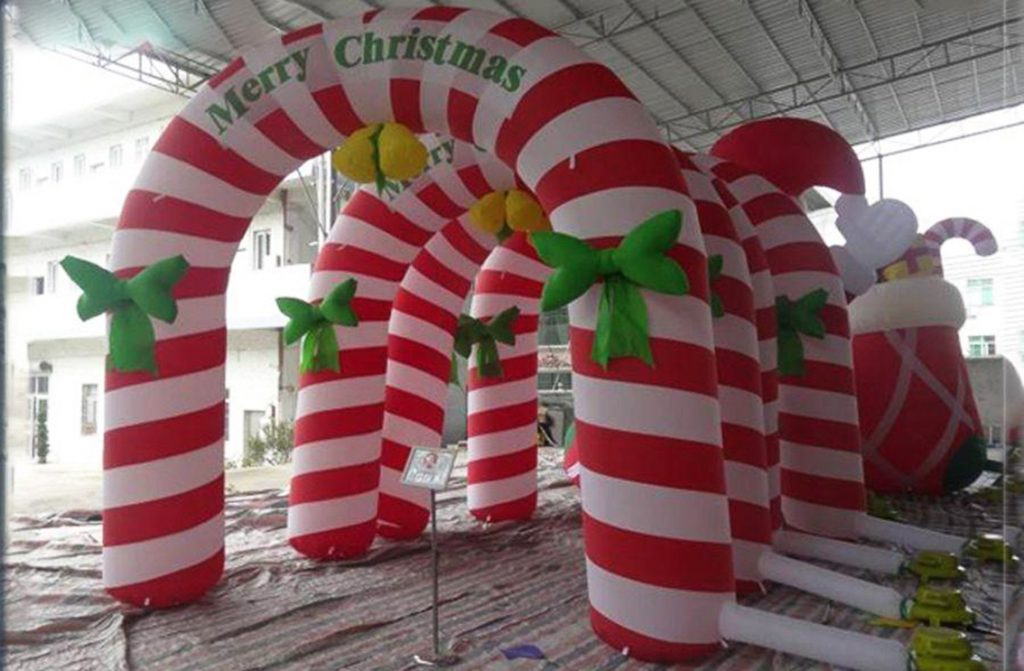 balon gate merry christmas