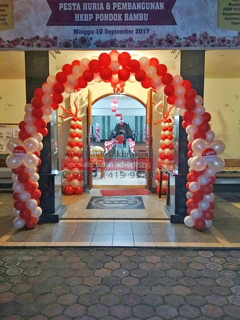 dekorasi balon gereja